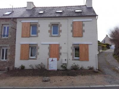 Volets coulissants bois Finistère façade après travaux