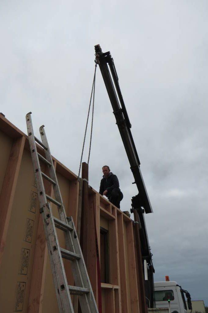 Fixation des murs sur camion