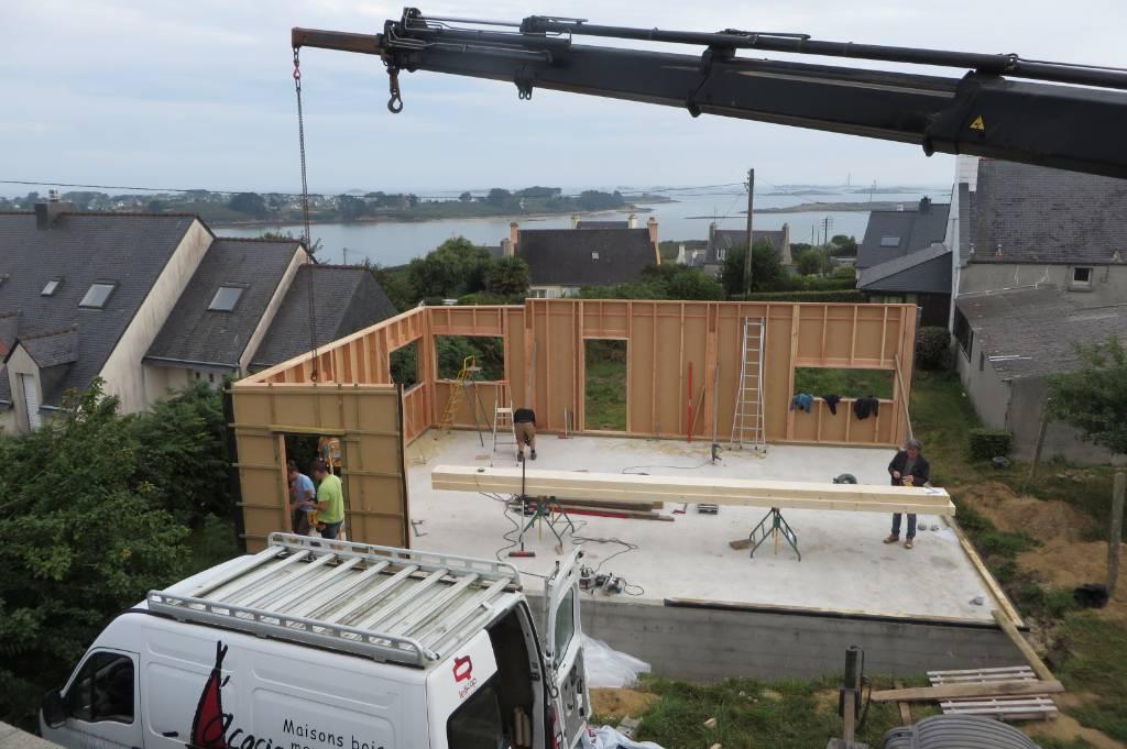 Levage maison ossature bois rdc