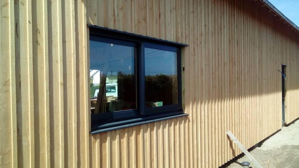 Maison bois bardage couvre joint maisons bois acacia for Bardage pour maison ossature bois