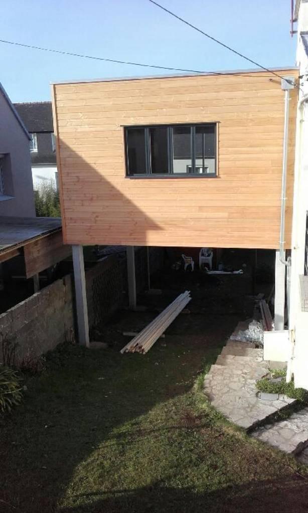 extension bois sur pilotis