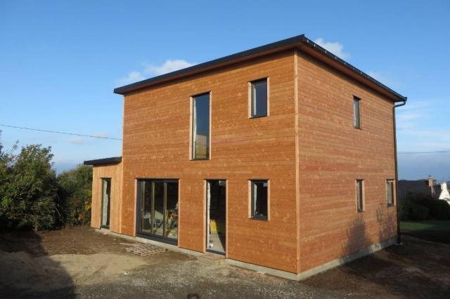 maison bois compacte